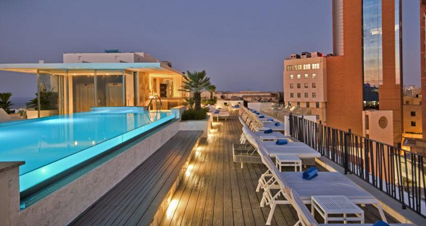 Schoenste Ort der Welt Hotel Valentina in Malta Pool auf dem Dach