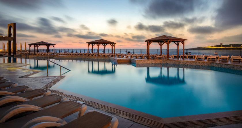 Schoenste Orte der Welt AX Seashells Resort at Suncrest Pool mit Meerblick