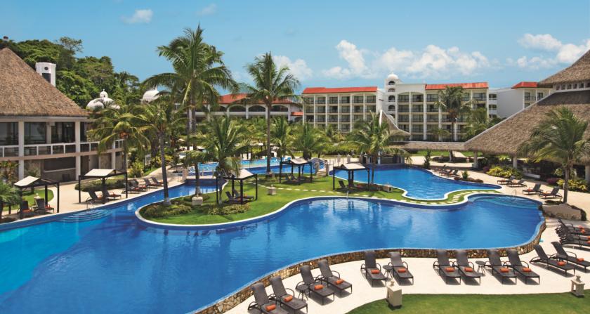 schoenste Orte Der Welt Dreams Playa Bonita Panama Hotelanlage und Pool