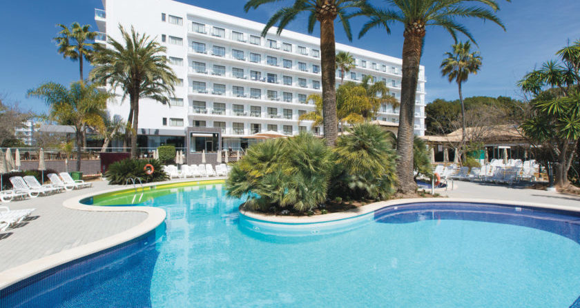 schoenste Ort der Welt Sunny Coast Resort and Spa Outdoor Pool