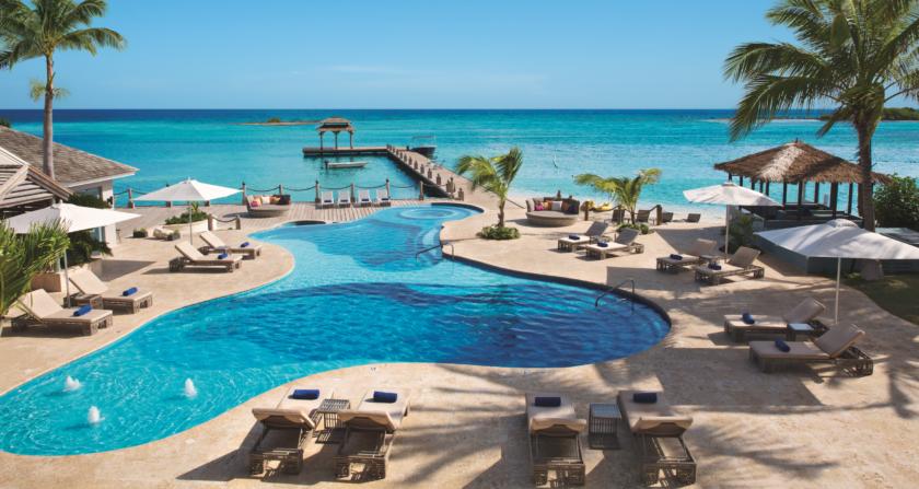 schoenste Orte der Welt Zoëtry Montego Bay Jamaica Pool mit Meerblick