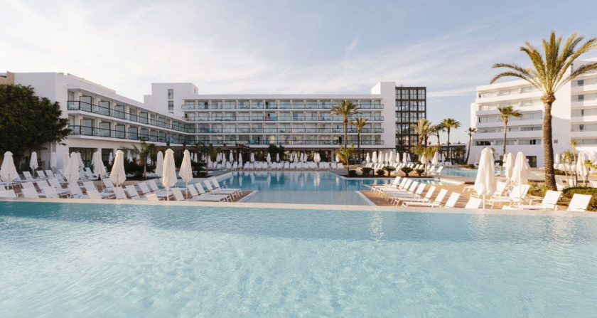 schoenste Orte Der Welt Alua Soul Ibiza Hotel mit Pool