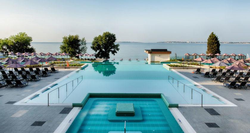 schoenste Orte der Welt Riu Palace Sunny Beach Pool mit Meerblick