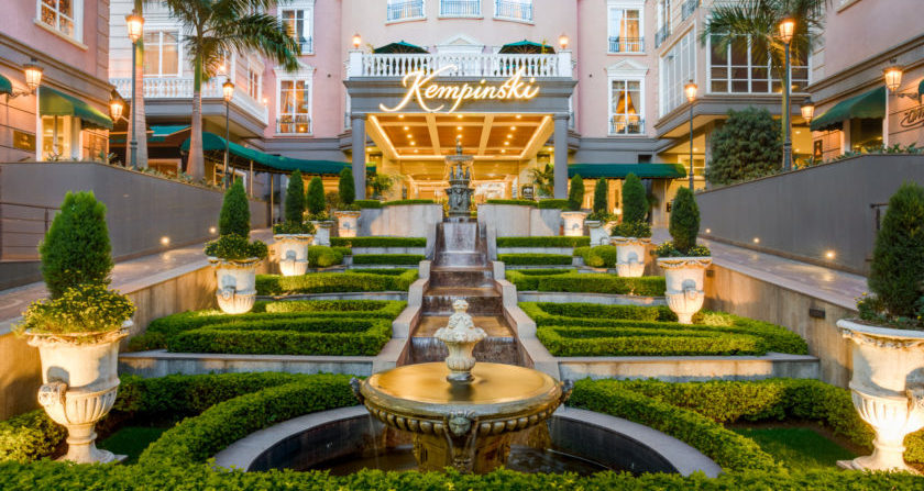 Schönste Orte der Welt Villa Rosa Kempinski Hotel Nairobi Hotel Vorhof